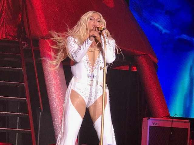 Kesha at the Forum